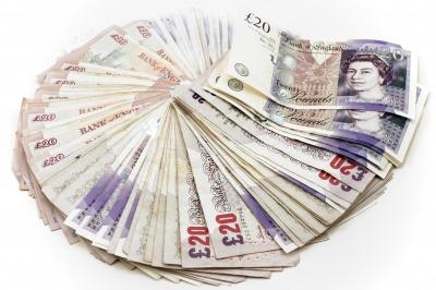 twenty-pounds-notes